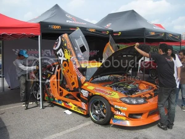 FXOPEN S15 in the pits
