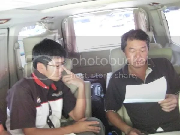 Yoong and Ngan reviewing the drivers list