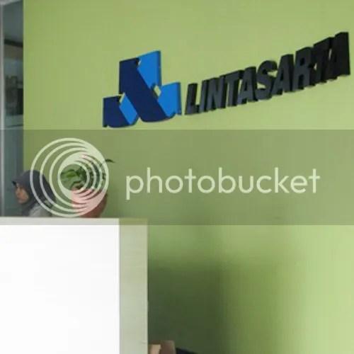 For the relevant blog post, please click: https://ideasinspiringinnovation.wordpress.com/2012/04/11/identity-evolution-lintasarta-indonesian-it-solutions-provider/