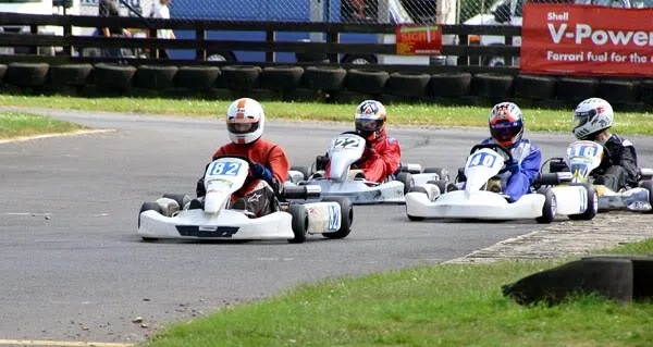 One of several impressive overtaking manouvers in the Final. You can almost feel the pain in #16 as he realises hes been had - by a novice.