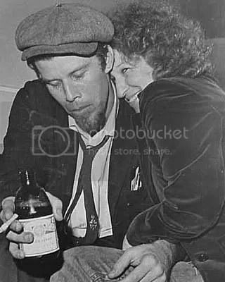 photo tomwaits.jpg