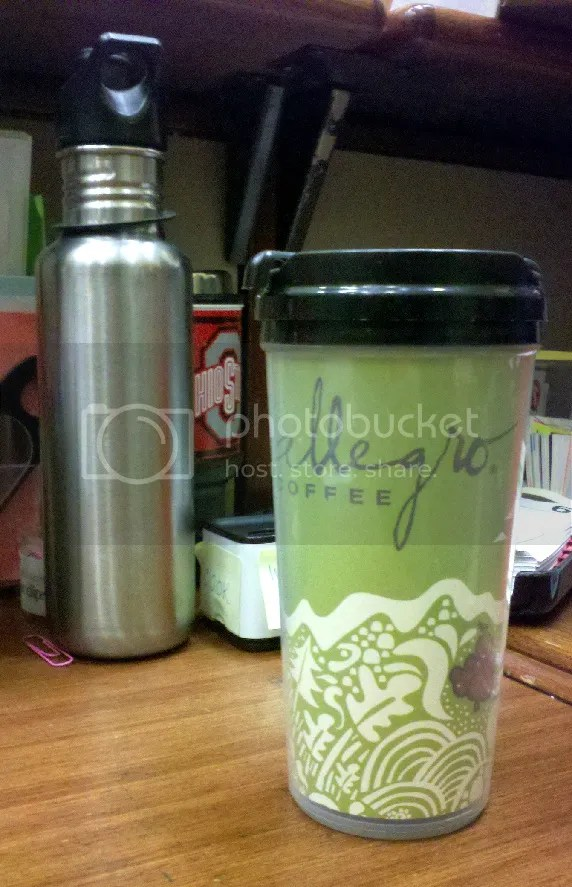 Oolong tea and a Klean Kanteen of water