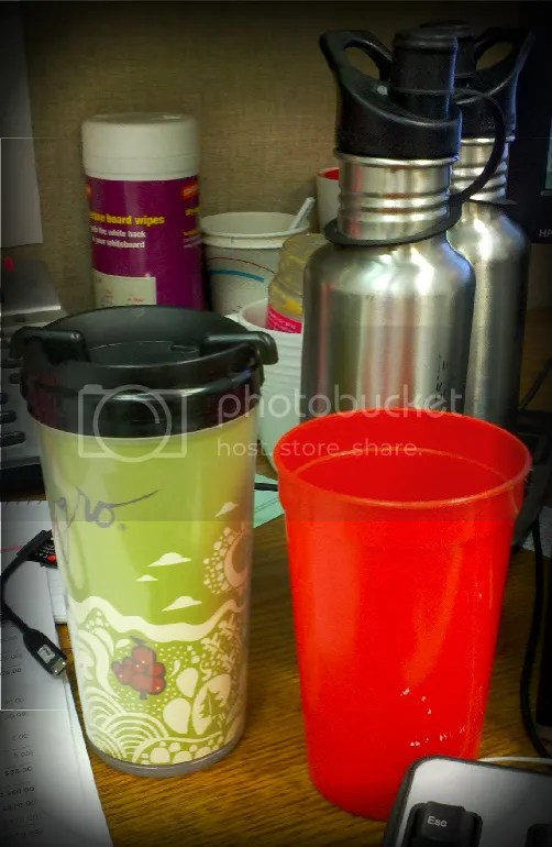 Oolong tea and Kanteens of water