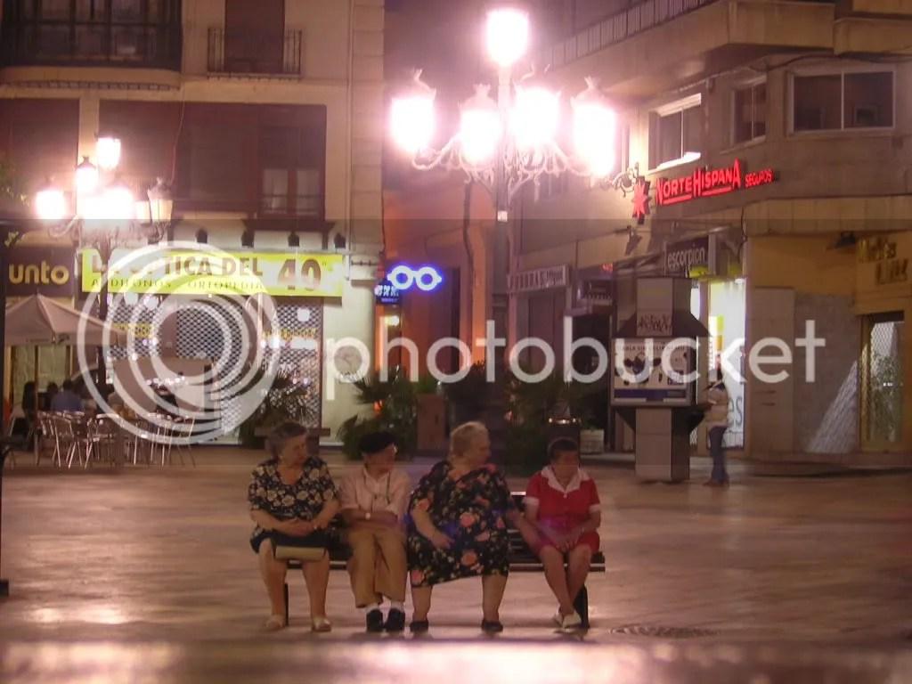 abuelas en Zaragoza