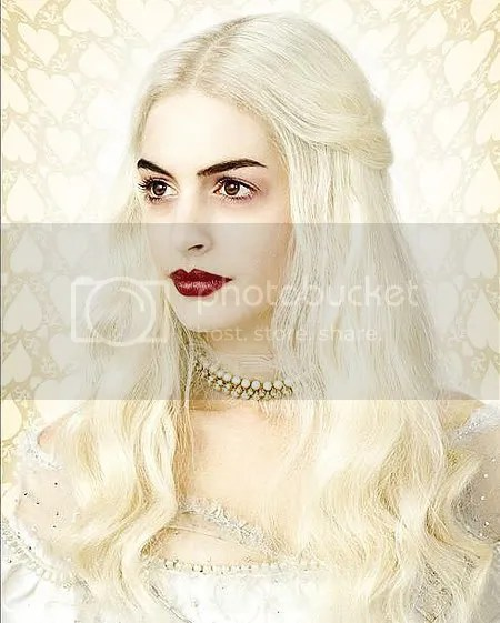 Anne Hathaway as the White Witch