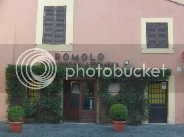 Romolos at Fornarina garden