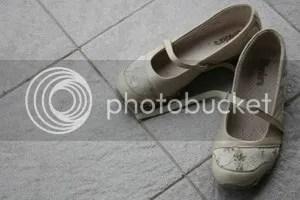 sepatu skechers