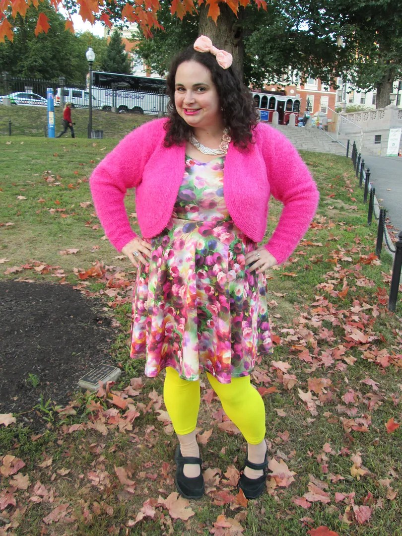 plus size outfit yellow leggings, floral dress, pink fuzzy bolero