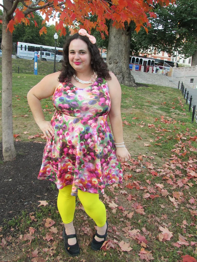 plus size outfit watercolor floral dress and yellow teggings