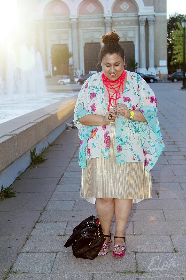 plus size outfit gold metallic dress, blue and purple floral kimono, red beaded necklace