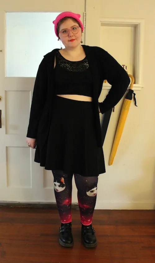 plus size outfit black crop top and skirt and galaxy cat leggings
