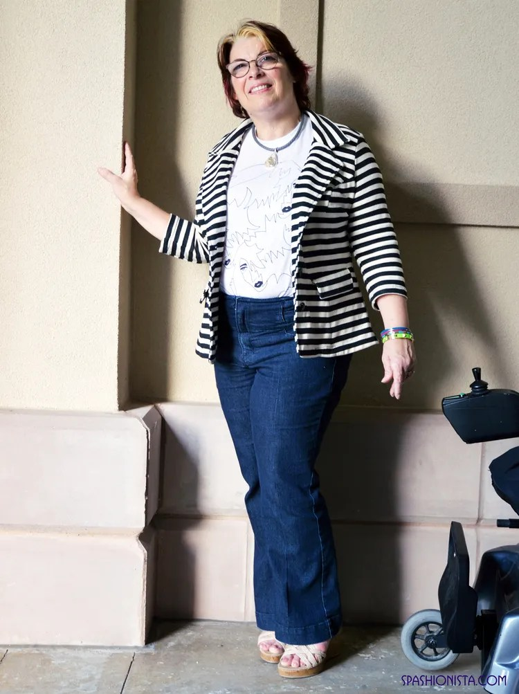 plus size outfit jeans, white tee shirt, and black and white striped blazer