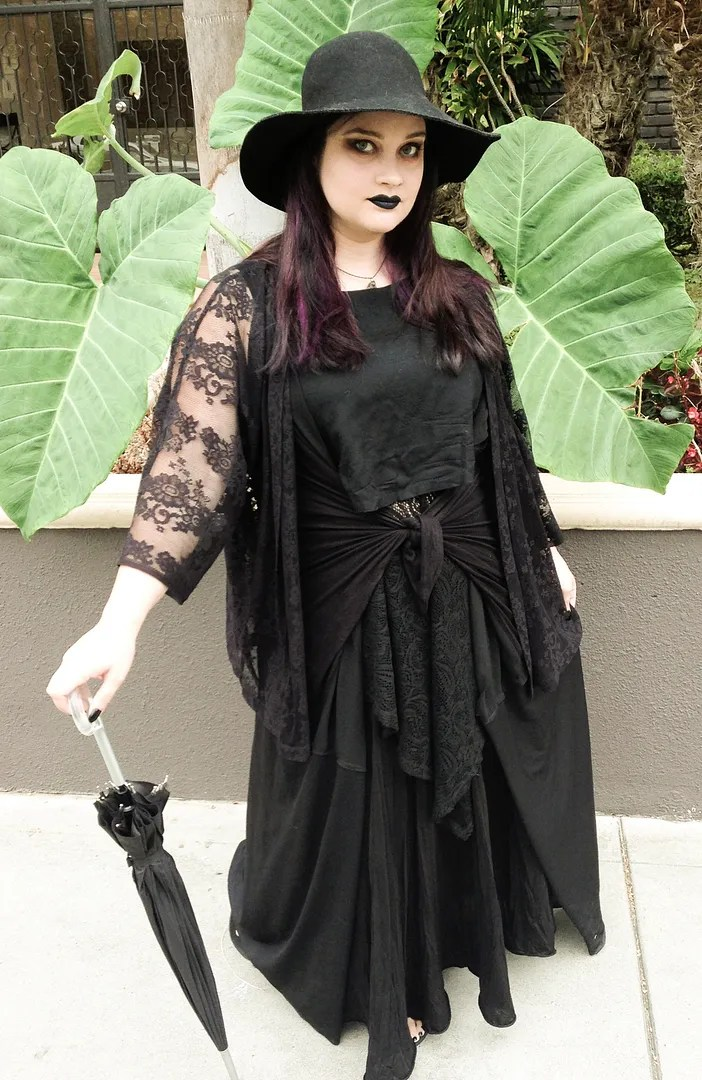 plus size dark mori girl goth outfit with parasol and layers of black lace