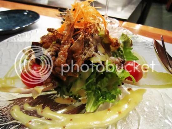 Koko, Salmon skin salad