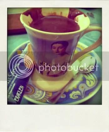 Hazelnut hot chocolate & cookie spoon