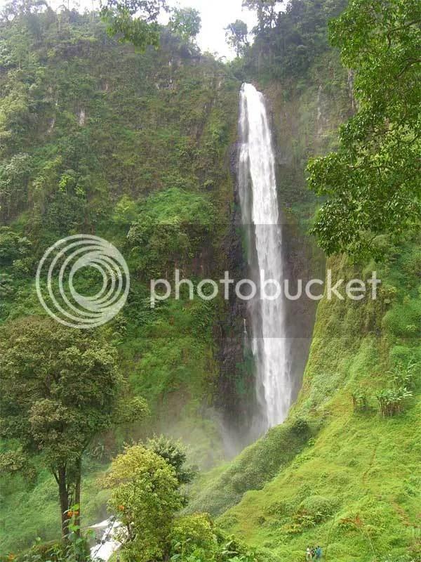 wana wisata Curug Citambur desa karang jaya kecamatan pagelaran kabupaten cianjur jawa barat