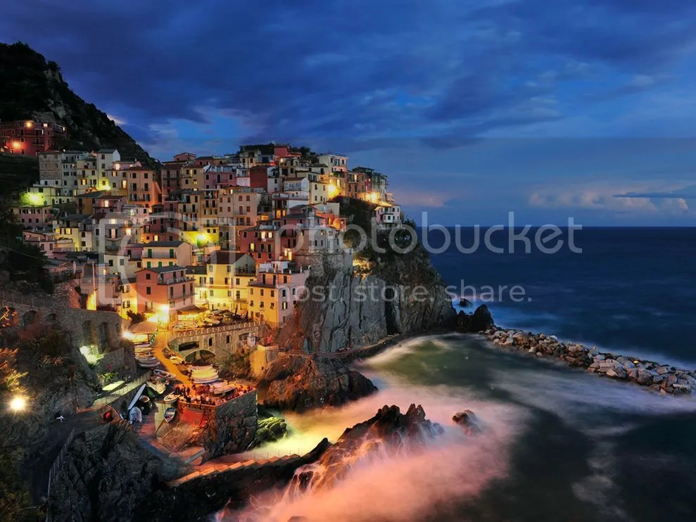 photo manarola-italy-coast_21080_990x742_zps9c7ec786.jpg