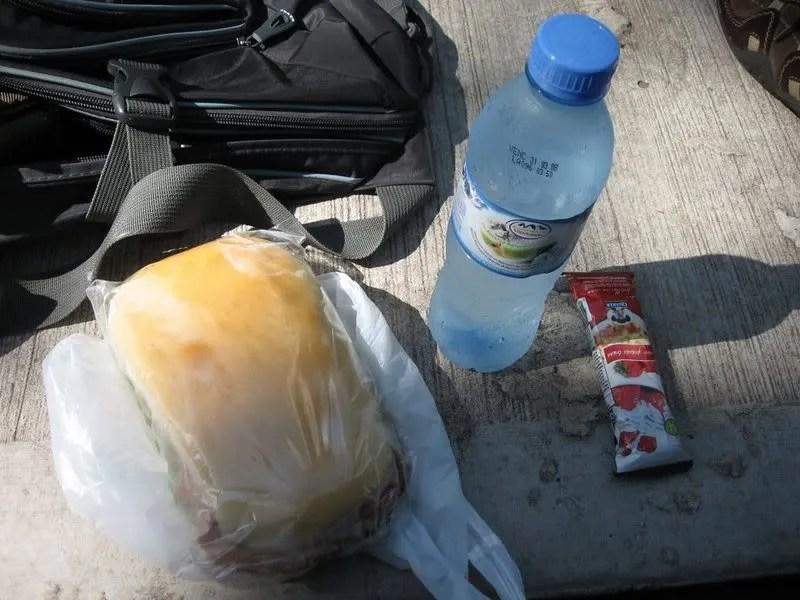 Primer almuerzo en la 9 de Julio