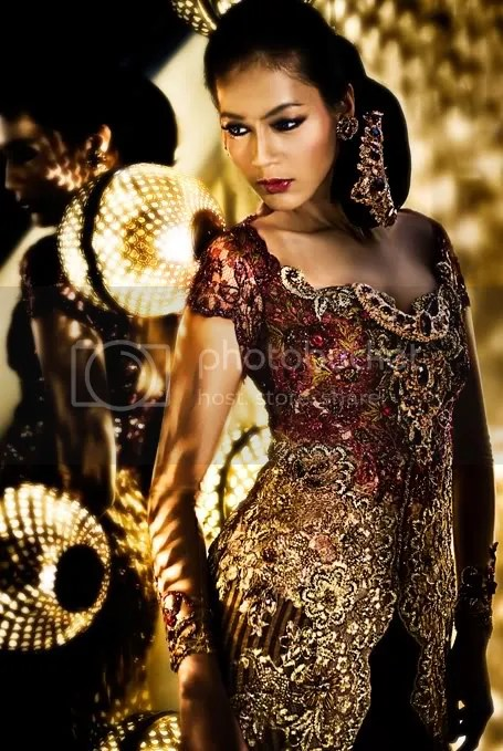 When Feminist Fashion Goes Couture: Anne Avantie, Indonesian