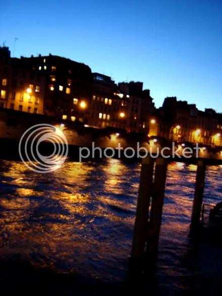 Dusk on the Seine
