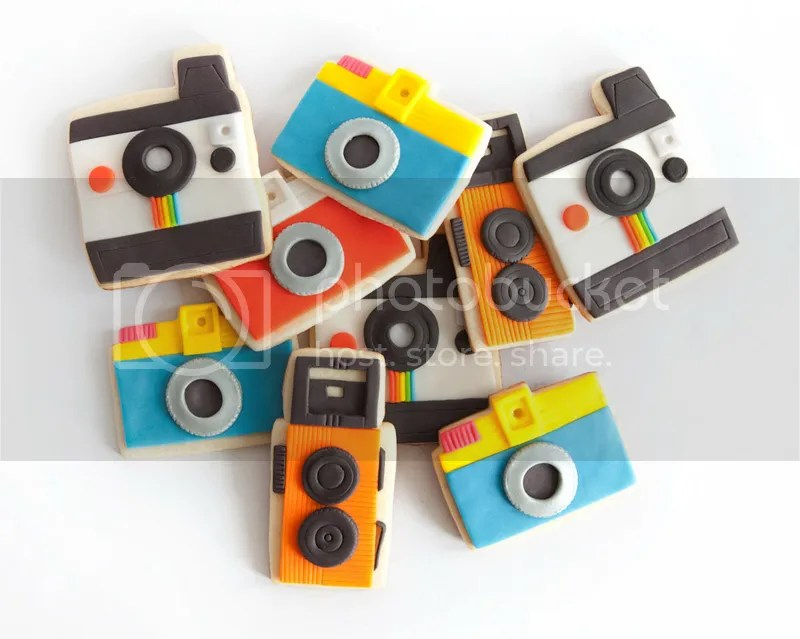 photo camera decorated fondant cookie