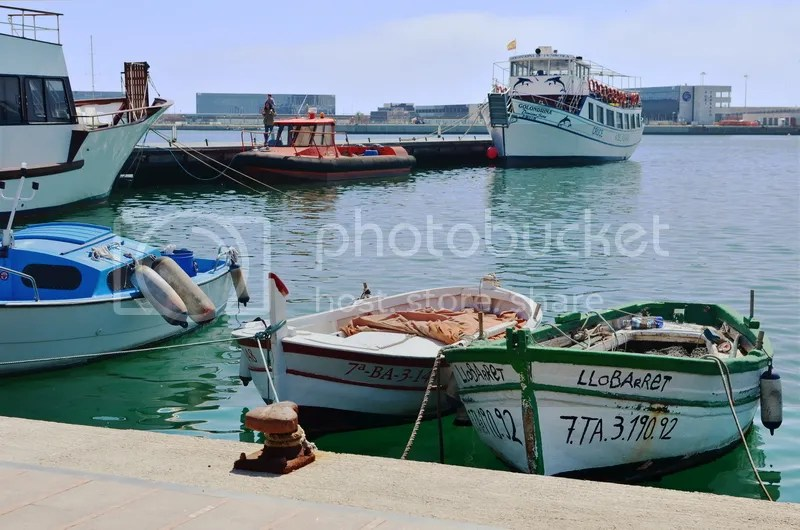 serrallo tarragona port seaside village