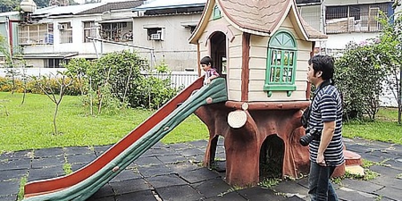 台中‧霧峰。親子餐廳|【私房 Garden】在幼稚園裡用餐及玩耍的樂趣