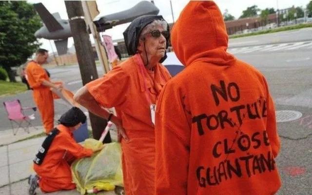 """Una de las críticas más fuertes a la cárcel de Guantánamo son los """"castigos inhumanos"""" que aplican con los presos."""