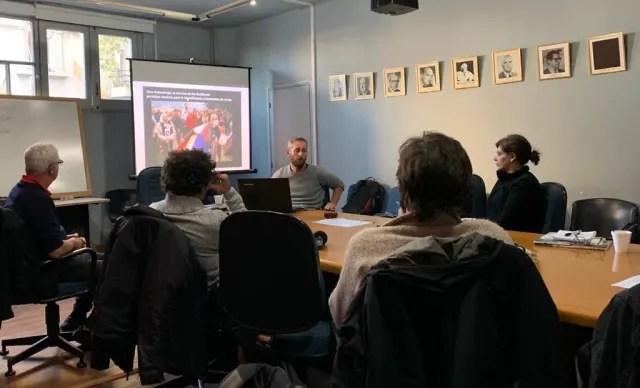El historiador y arqueólogo español Carlos Marín durante el curso 'Antropología y Arqueología de los Conflictos Armados'