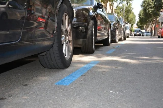 Des del 14 de març i fins que estigui vigent l'estat d'alarma, l'Ajuntament de Rubí  no cobrarà el servei de zona blava  perquè les persones no hagin de sortir a moure el cotxe. La zona taronja tampoc funcionarà durant aquest període.