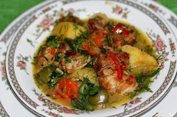 tushenaya svinaya koreika 260332 - Braised pork loin