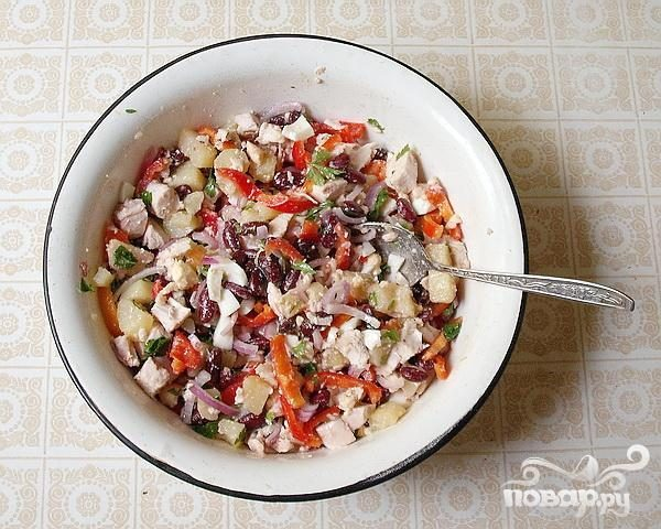 Салат с курицей и фасолью - пошаговый рецепт с фото на ...