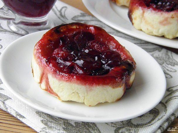 desert iz sloenogo bezdrojjevogo testa 251289 - Dessert of flaky unleavened dough