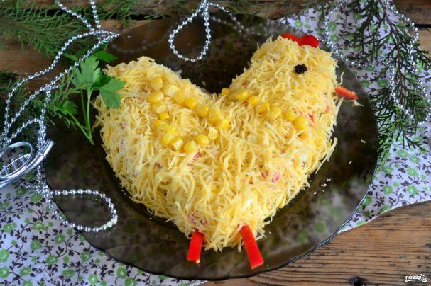 "salat quotpetushokquot iz krabovih palochek 330510 - Salad ""Cock"" made out of crab sticks"
