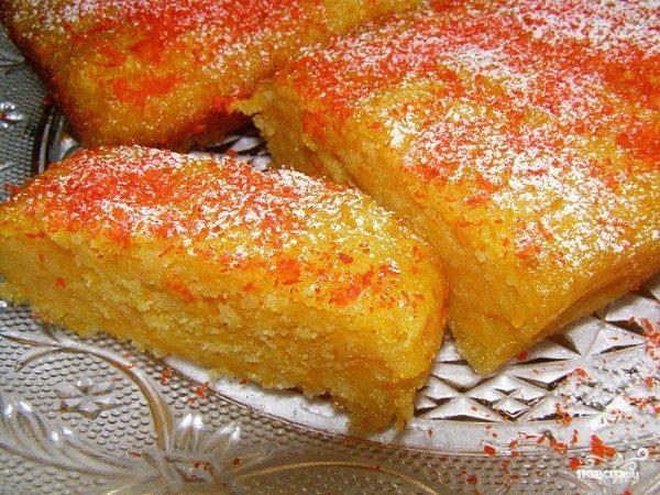 Быстрый сладкий пирог на кефире с тыквой - рецепт с фото ...