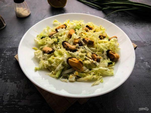 Салат с пекинской капустой и мидиями - пошаговый рецепт с ...