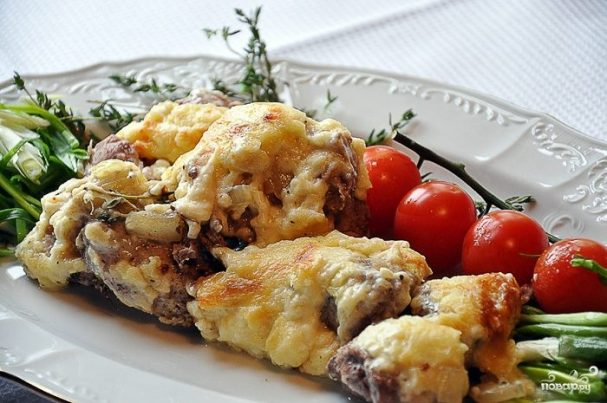 myaso po francuzski s kartofelem 45684 - Мясо по-французски с картофелем