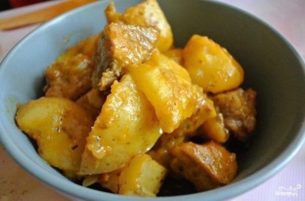 Жаркое со свининой и картошкой - пошаговый рецепт с фото ...