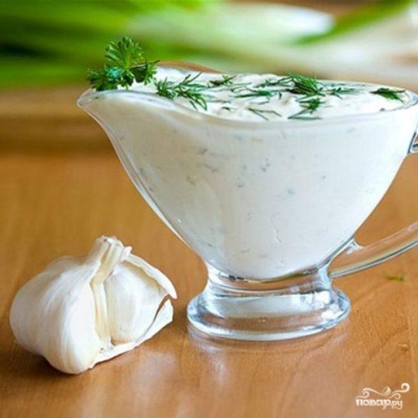 Сметанно-чесночный соус - пошаговый рецепт с фото на Повар.ру