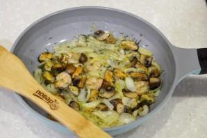 Дорадо, фаршированная жульеном из морепродуктов - фото шаг 9