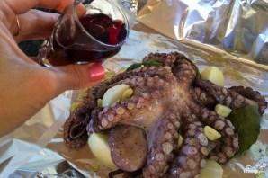 Осьминоги в вине - фото шаг 3