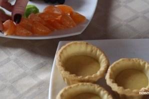Корзиночки с фруктами и кремом - фото шаг 8