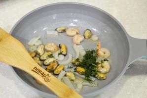 Дорадо, фаршированная жульеном из морепродуктов - фото шаг 8