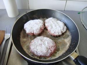 Бифштекс для гамбургера - пошаговый рецепт с фото на Повар.ру