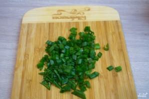 Оливье классический с колбасой - фото шаг 4
