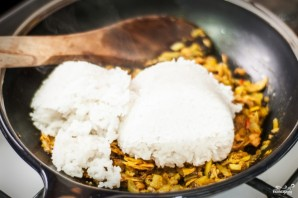 Рис с тунцом - фото шаг 4