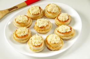Новогодние волованы с сыром и грибами - фото шаг 7
