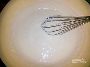 Pancakes, jossa on reikiä maitoa - valokuva vaihe 4