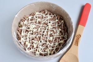Новогодний салат с печенью - фото шаг 9