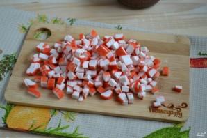 Салат с курицей и кукурузой - фото шаг 2